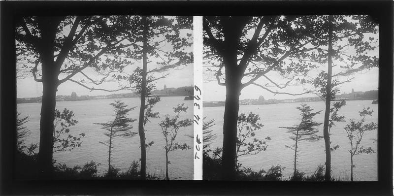 Panorama depuis les bords de la Rance
