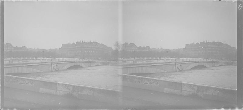 Crue de la Seine : ensemble ouest depuis le quai Branly (anciennement quai d'Orsay)