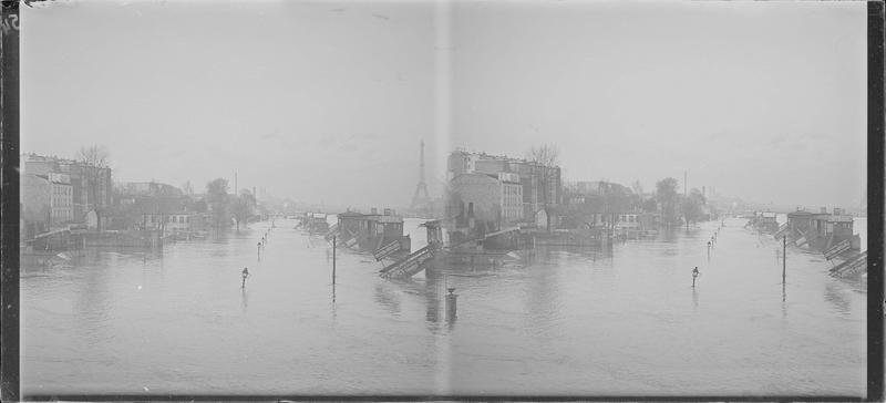 Crue de la Seine : ensemble sur quai inondé