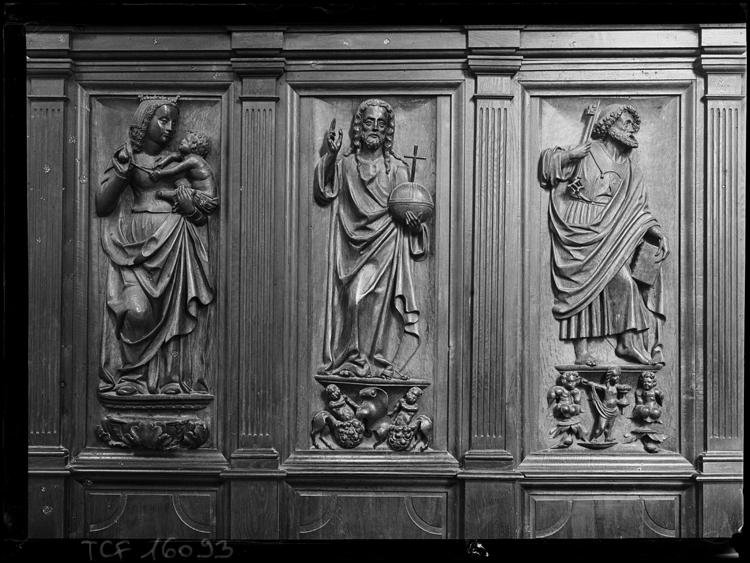 Retable, 3 bas-reliefs : Le Christ, La Vierge, Saint Pierre
