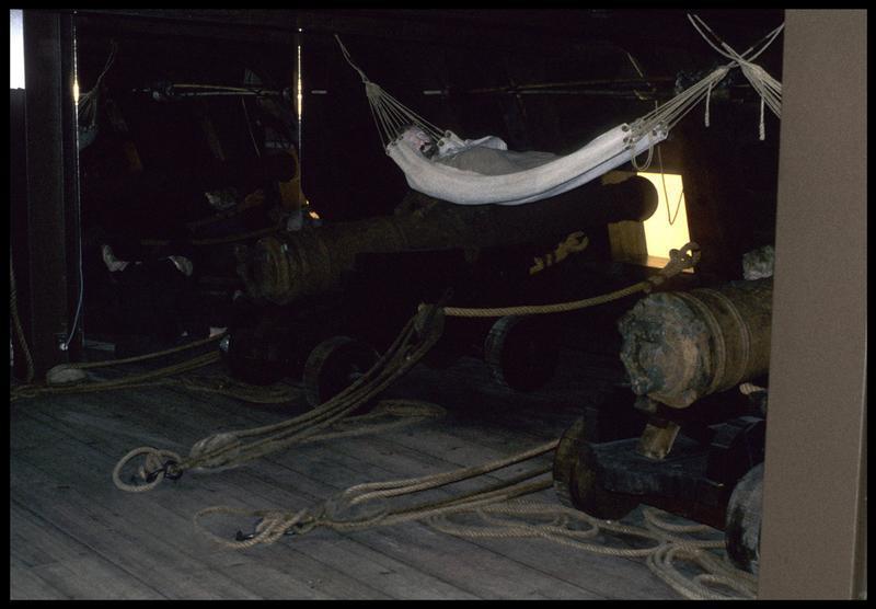 Vue de la reconstitution de la vie à bord.