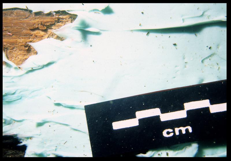 Vue sous-marine de détail du silicone sur le bois de la carène (fouille S. Ximénès).
