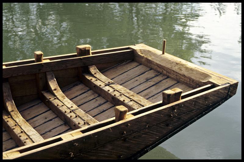 Vue de détail d'une allège traditionnelle charentaise.