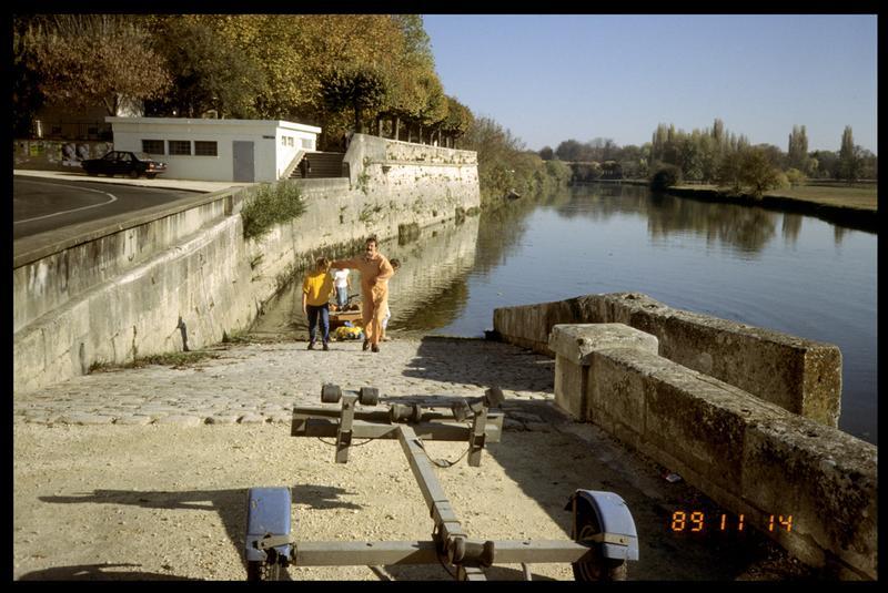 Vue de la mise à l'eau du Newmatic (fouille E. Rieth).