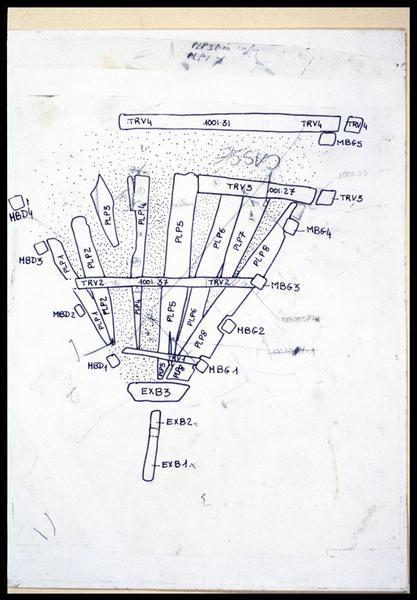 Vue du dessin de relevé et de l'identification des pièces de la carène (fouille E. Rieth).