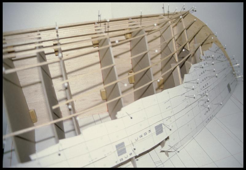 Vue de la maquette de l'épave (fouille E. Rieth).