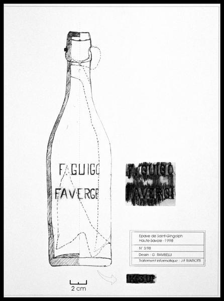 Vue du dessin d'une bouteille de verre moulé avec inscription F GUIGO FAVERGE N°30 (fouille E. Rieth).