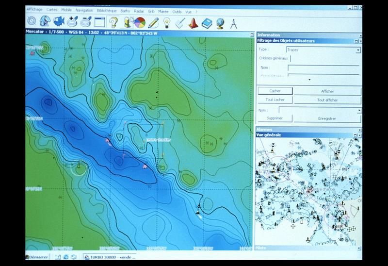 Vue de la carte et localisation du site par informatique (fouille M. L'Hour/Drassm, E. Veyrat/Drassm).
