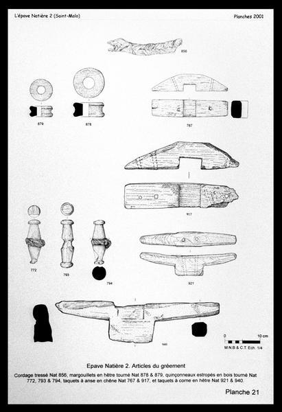 Vue du dessin de cordage, taquets et réas de bois (fouille M. L'Hour/Drassm, E. Veyrat/Drassm).