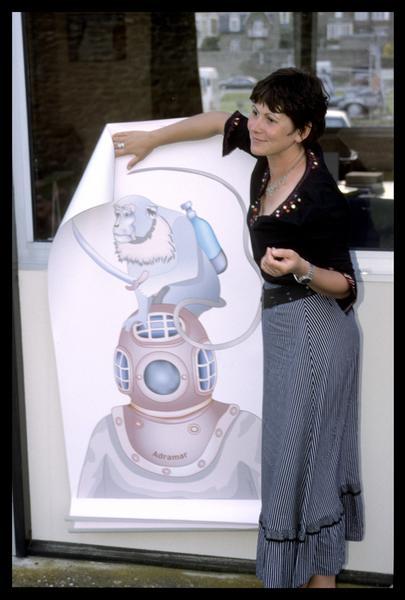 Vue de la présentation de l'affiche de la fouille (fouille M. L'Hour/Drassm, E. Veyrat/Drassm).