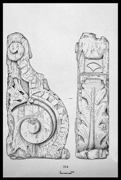 Vue du dessin d'une pièce sculptée de bois (herpe de gaillard ou de dunette) (fouille M. L'Hour/Drassm, E. Veyrat/Drassm).