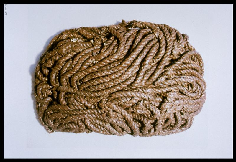 Vue d'un cordage lové (fouille M. L'Hour/Drassm, E. Veyrat/Drassm).