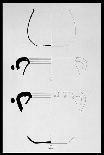 Vue du dessin de trois marmites à anses (fouille M. L'Hour/Drassm, E. Veyrat/Drassm).