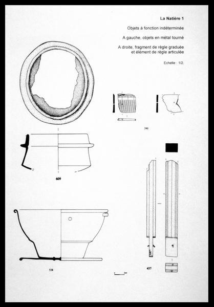 Vue du dessin de quatre objets de métal (fouille M. L'Hour/Drassm, E. Veyrat/Drassm).