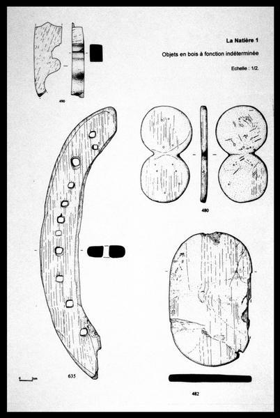Vue du dessin de quatre éléments de bois (fouille M. L'Hour/Drassm, E. Veyrat/Drassm).
