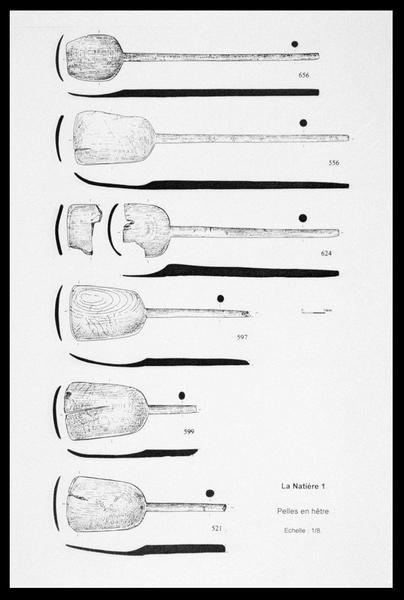 Vue du dessin des six pelles de bois (fouille M. L'Hour/Drassm, E. Veyrat/Drassm).