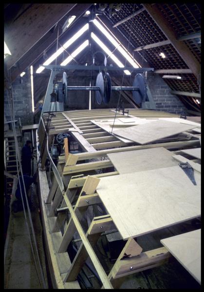 Vue d'un pont en construction du chantier Bernard.