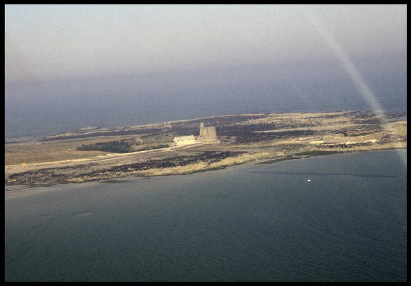 Vue aérienne de l'île de Tatihou (fouille M. L'Hour/Drassm, E. Veyrat/Drassm).