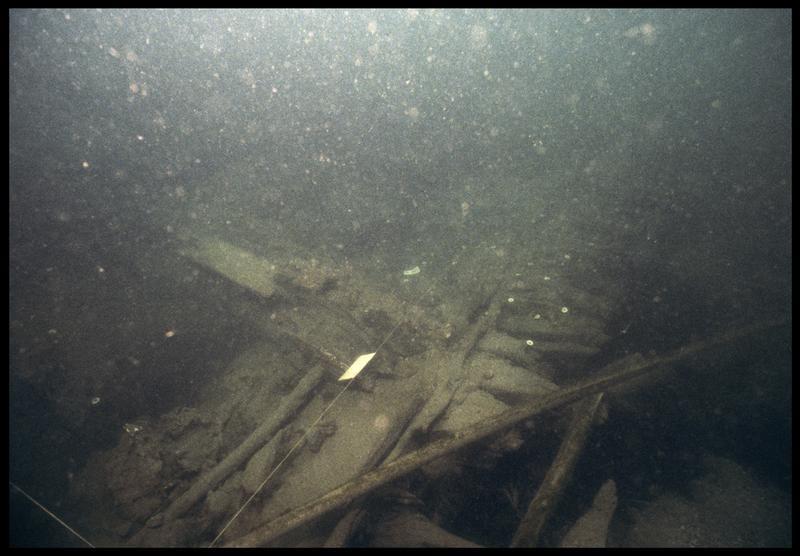 Vue sous-marine de la carène (fouille M. L'Hour/Drassm, E. Veyrat/Drassm).