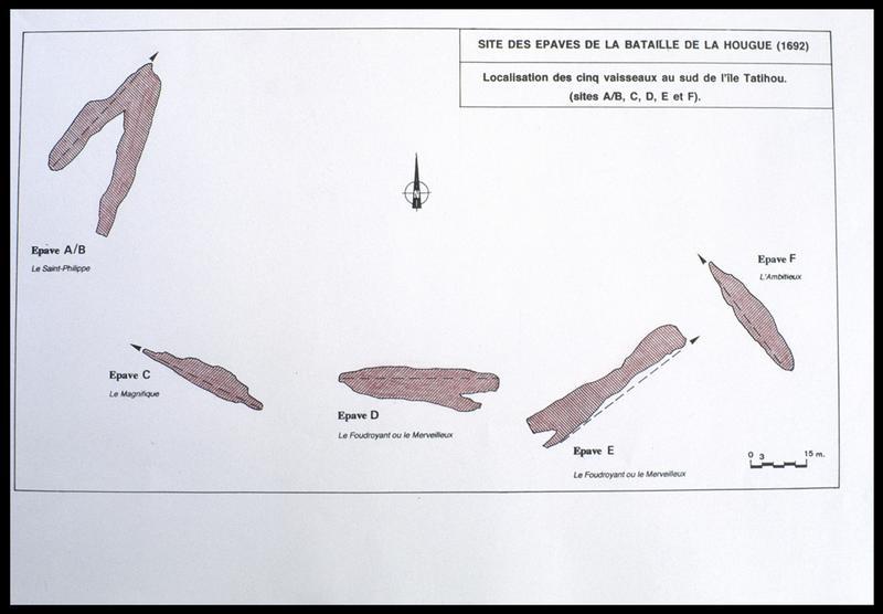 Vue de la carte et de l'identification des épaves entre elles (fouille M. L'Hour/Drassm, E. Veyrat/Drassm).