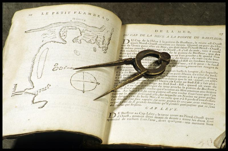 Vue d'une pointe séche en laiton (fouille M. L'Hour/Drassm, E. Veyrat/Drassm).