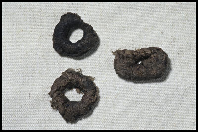 Vue de trois épissures de cordage (fouille M. L'Hour/Drassm, E. Veyrat/Drassm).