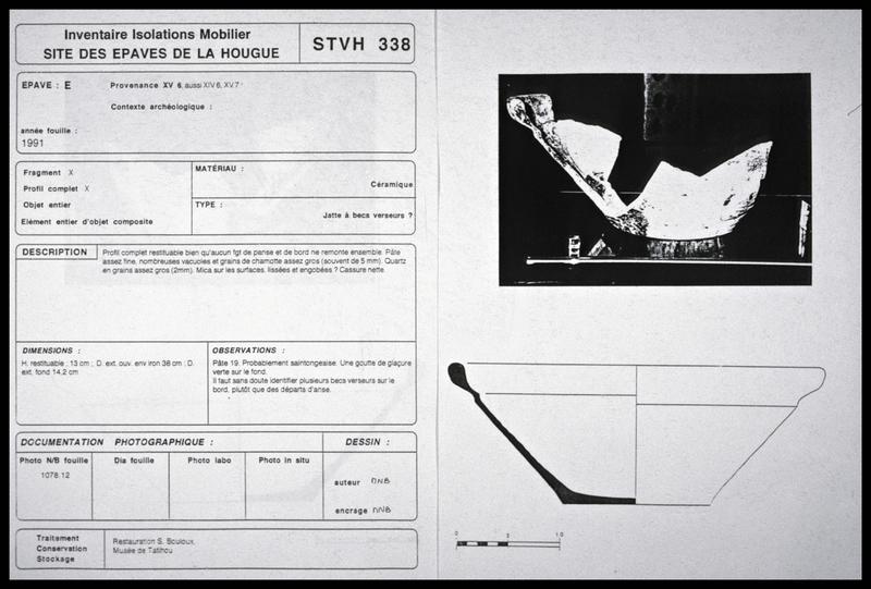 Vue d'une fiche d'inventaire d'une jatte de céramique (fouille M. L'Hour/Drassm, E. Veyrat/Drassm).