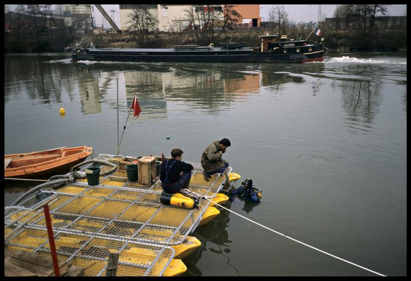 Vue du ponton et de la surveillance des plongeurs (fouille AFAN).