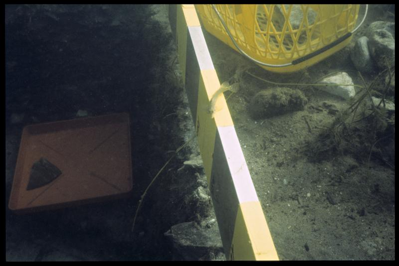 Vue sous-marine du gabarit de mesure (fouille A. Marguet/Drassm).