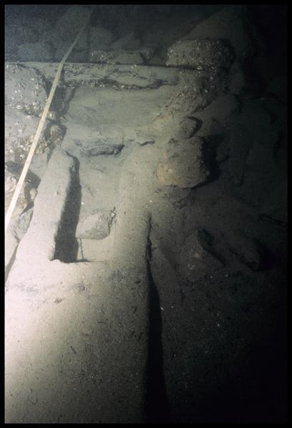 Vue sous-marine des bois de la carène (fouille E. Rieth).