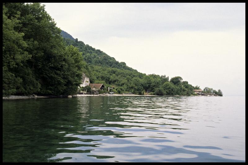 Vue de la rive depuis le site (fouille E. Rieth).