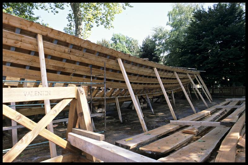 Vue de détail de la carène en construction de la Savoie.