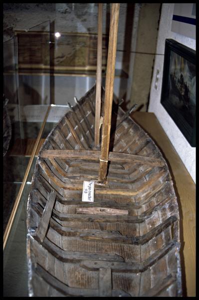 Vue de détail d'une maquette (fouille E. Rieth).
