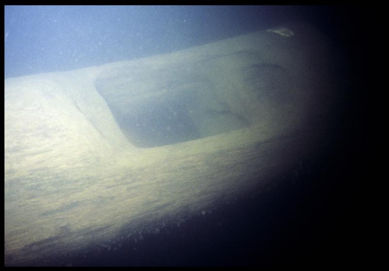 Vue sous-marine de bois du radier (fouille P. Grandjean/Drassm).