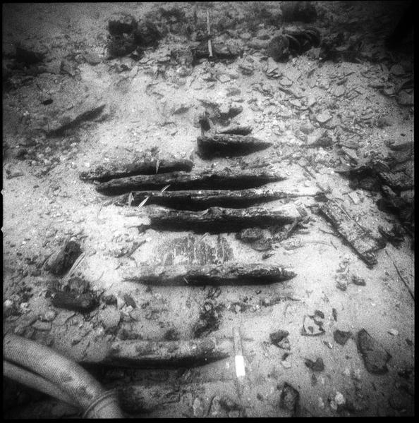 Vue sous-marine de la carène (fouille R. Lequément).