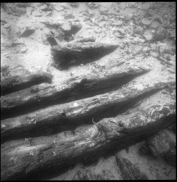 Vue sous-marine de détail de la carène (fouille R. Lequément).