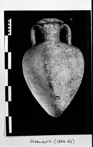Vue d'une amphore gréco-italique (fouille D. Fonquerle).