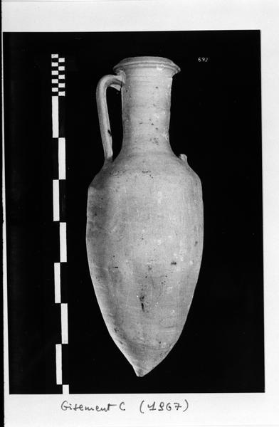 Vue d'une amphore non identifiée (fouille D. Fonquerle).