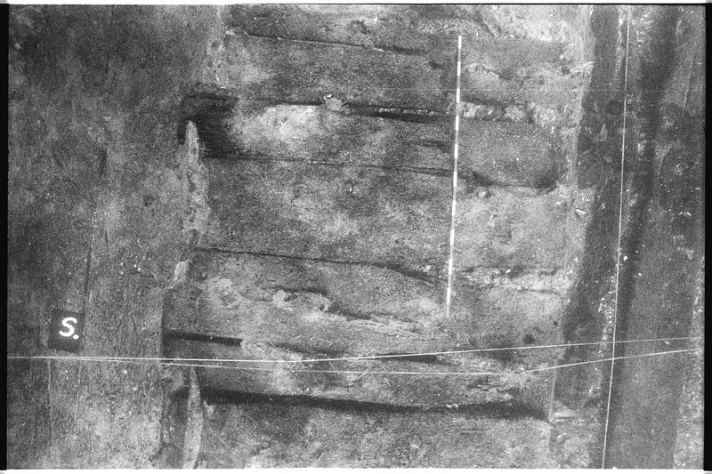 Vue sous-marine de la planimétrie de la carène (fouille M. L'Hour/Drassm).