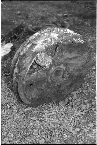 Vue d'une roue de fer (fouille M. L'Hour/Drassm).