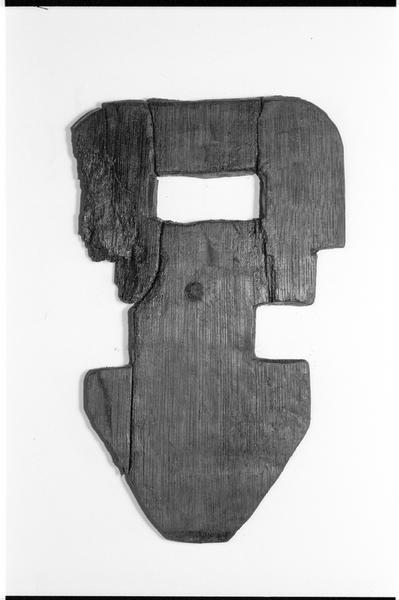 Vue d'un élément de bois (fouille M. L'Hour/Drassm).