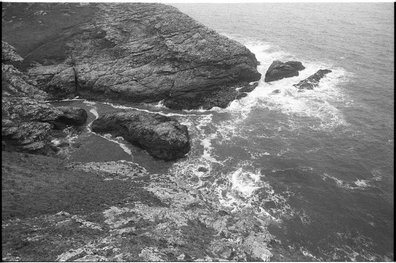 Vue de la côte aux alentours du site (fouille M. L'Hour/Drassm).