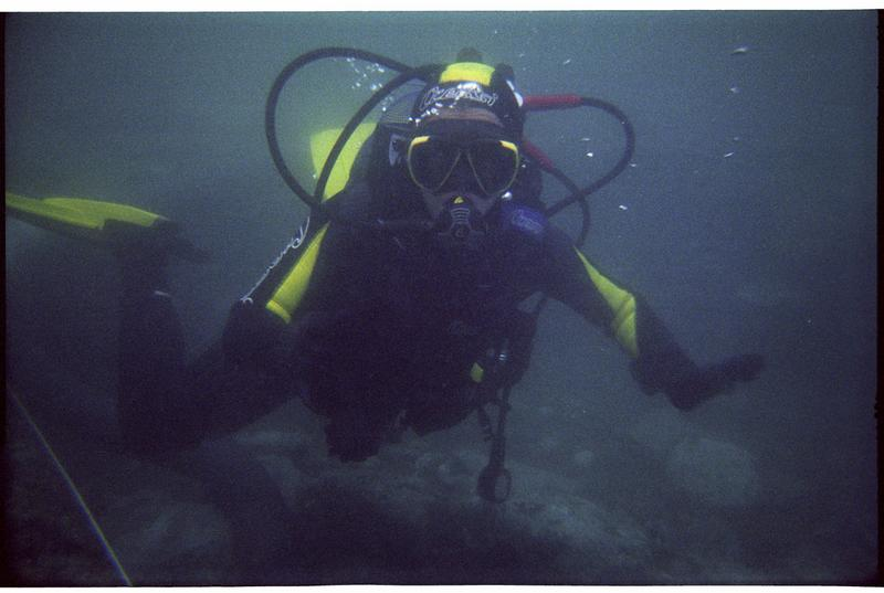 Vue sous-marine d'un plongeur (fouille M. Guyon).