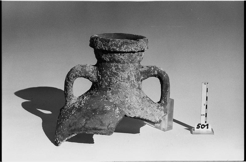 Vue d'un col d'amphore Keay 62 (fouille L. Long/Drassm).