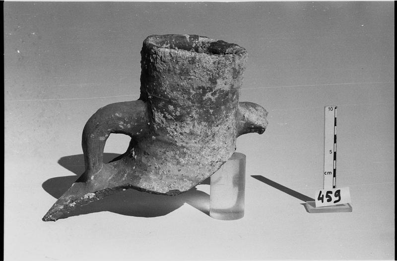 Vue d'un col d'amphore Keay 55 (fouille L. Long/Drassm).