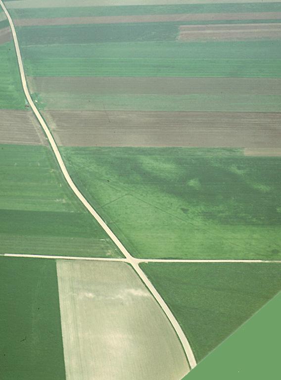 Cette ferme, située sur le chemin de Molliens-Dreuil, n'existe plus depuis longtemps, mais sur son emplacement on trouve encore des débris.