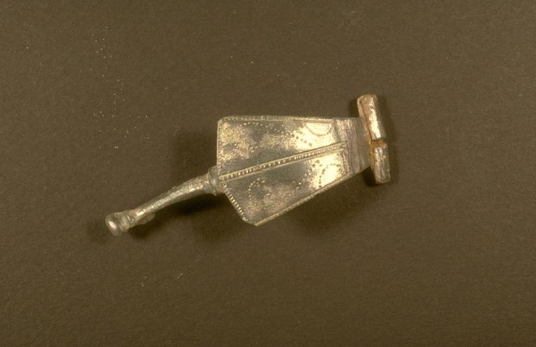 Fibule; bronze