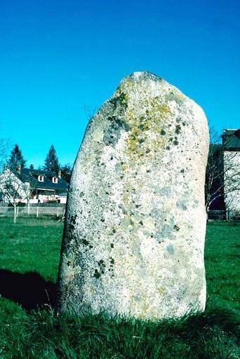 menhir dit le Grave de Rolland