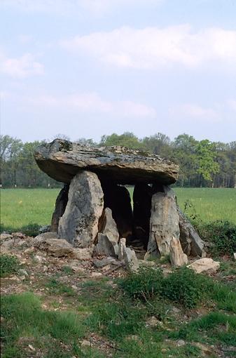 dolmen n° 2 de la Betoulle, dit la Pierre Levée