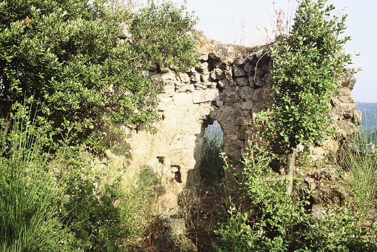 Vue de l'abside de la chapelle.